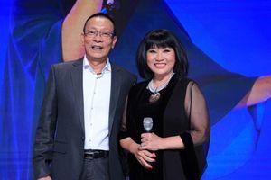 Lại Văn Sâm không thể ngồi yên khi Cẩm Vân xuất hiện ở game show
