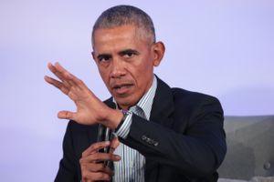 Ứng viên Dân chủ phản pháo cựu tổng thống Obama