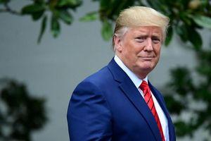 Tổng thống Mỹ Donald Trump bất ngờ kiểm tra sức khỏe trong 2 tiếng
