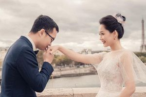 BTV 'Bản tin Thời sự 19h' và chồng chụp ảnh cưới lãng mạn tại Pháp
