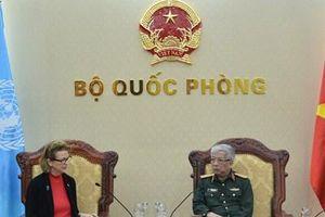Thượng tướng Nguyễn Chí Vịnh tiếp Đại diện Thường trú UNDP tại Việt Nam