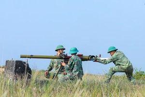 Diễn tập chiến thuật có bắn đạn thật cấp tiểu đoàn đạt giỏi