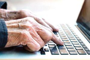 Xóa mù công nghệ cho người cao tuổi