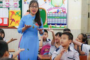 Giáo viên tiểu học - Bài 2: Khi cô cũng là 'mẹ'…