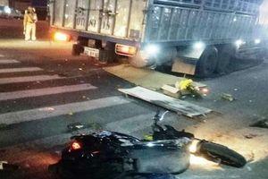 Xe tải gây tai nạn liên hoàn khiến 3 người thương vong