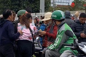 Nóng bỏng vé trước giờ G trận Việt Nam - Thái Lan, nhiều CĐV đành...'ở nhà xem tivi'