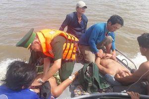 2 người chết, 3 người nguy kịch do chui xuống hầm ủ cá lấy nước đá