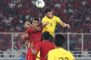 Thắng đậm Indonesia, Malaysia phả hơi nóng vào ĐT Việt Nam