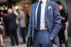 Đàn ông đẹp nhất khi mặc sơ mi trắng và đây là cách chọn đúng chuẩn