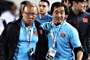 Vì sao HLV Park nổi cáu với trợ lý tuyển Thái Lan?