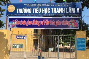 Hàng ngàn học sinh huyện Mê Linh bị ngăn cản đến trường
