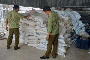 Tây Ninh: Bắt giữ 13 tấn đường cát nhập lậu