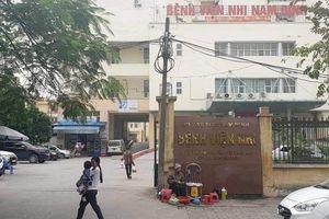 Tạm giam 2 nhân viên tại Bệnh viện Nhi Nam Định vì 'bớt xén' thuốc