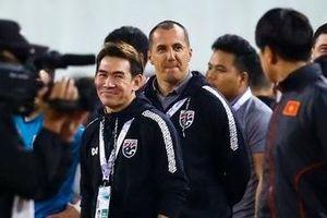Trợ lý tuyển Thái Lan trần tình gì sau vụ khiêu khích HLV Park Hang Seo?