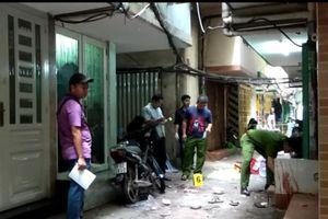 Thanh niên bị nhóm đòi nợ chém gần lìa tay ở Bình Thạnh