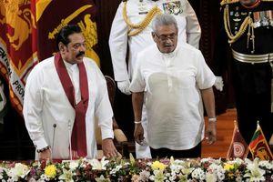 Tổng thống Sri Lanka bổ nhiệm anh trai làm Thủ tướng kiêm Bộ trưởng