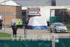 Vụ 39 thi thể trong xe tải ở Anh: Bắt giữ thêm đối tượng liên quan