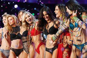Victoria's Secret chính thức hủy show nội y, ngậm ngùi ngắm lại loạt fantasy bra đáng ao ước 1 thời
