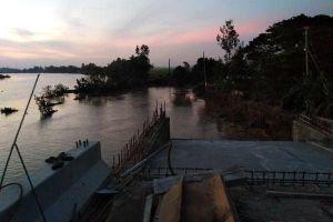 An Giang: Nửa đêm, đường tuần tra biên giới sụp xuống sông