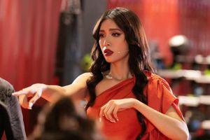 Hoa hậu - siêu mẫu Minh Tú đồng hành cùng Á hậu Mâu Thủy trong vai trò cố vấn