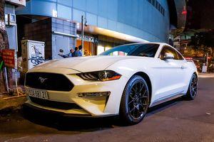 Ford Mustang facelift hàng hiếm xuất hiện tại TP.HCM