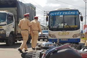 Liên tiếp xảy ra hai vụ tai nạn giao thông khiến bốn người thương vong