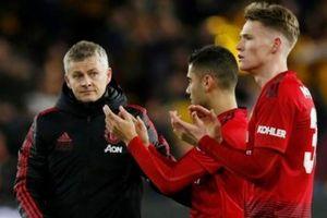 Sheffield United vs MU: Solskjaer thấp thỏm vì Pochettino