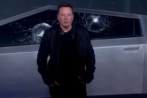 Tesla Cybertruck khiến Elon Musk 'bẽ mặt' ngay trong buổi ra mắt