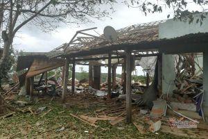 Mìn nổ bay nóc nhà, 2 người thương vong ở Đắk Nông