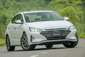 3 mẫu xe sedan hạng C số tự động rẻ nhất hiện nay