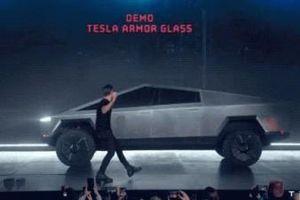 Tài sản của Elon Musk bốc hơi 768 triệu USD vì xe bán tải Cybertruck