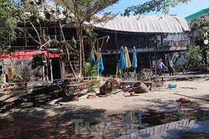 Cận cảnh nhà hàng bị lửa thiêu rụi trong đêm ở Đắk Lắk