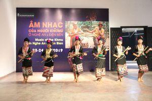 Trình diễn âm nhạc của người Khơ Mú tại Hà Nội