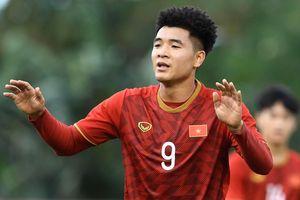 Bùi Tiến Dụng: 'Đức Chinh có thêm động lực khi ghi 4 bàn'