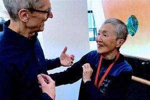 Người phụ nữ viết phần mềm 84 tuổi truyền cảm hứng cho Tim Cook