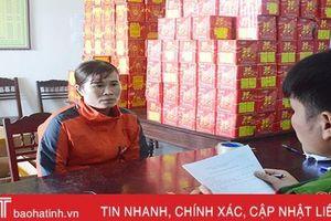 Vận chuyển gần 5,5 tạ pháo bằng tàu đánh cá từ Quảng Ninh về Hà Tĩnh