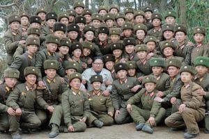 Triều Tiên: Quân đội tiền phương bắn pháo chào mừng Kim Jong-un