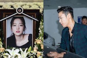Phớt lờ tin nhắn cuối cùng của Goo Hara, Knet chỉ trích T.O.P (Bigbang) kiêu ngạo