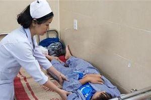 Học sinh bị võ sư đánh gãy xương: Quỳ xin không tha