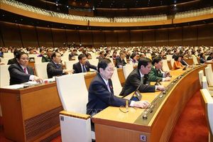 Quốc hội thông qua 3 Nghị quyết về: Phòng cháy chữa cháy, Hoạt động chất vấn và Kỳ họp thứ 8