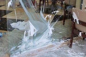 Quảng Nam: Nhà hàng ở Hội An lại bị tạt chất bẩn
