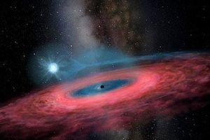 Phát hiện hố đen khổng lồ trong Dải ngân hà