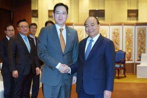 Thủ tướng muốn Samsung xây nhà máy sản xuất sản phẩm bán dẫn ở Việt Nam