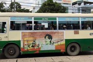 Dùng xe buýt vận chuyển bia nhập lậu