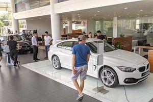 Giá xe BMW giảm 'sốc' tới 300 triệu đồng nhân dịp Giáng sinh