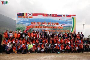 Khai mạc giải thi đấu dù lượn Putaleng Việt Nam mở rộng