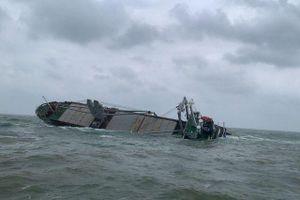 Ứng phó sự cố tràn dầu do chìm tàu Thái Lan trên vùng biển Hà Tĩnh
