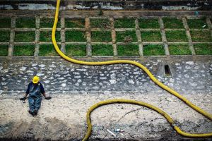 Hà Nội tìm thêm giải pháp xử lý ô nhiễm sông Tô Lịch