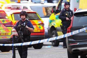 Liên tiếp xảy ra tấn công bằng dao ở Anh và Hà Lan vào ngày Black Friday