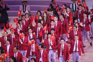 Hình ảnh đoàn Việt Nam diễu hành tại lễ khai mạc SEA Games 30